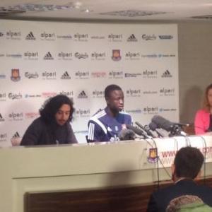 Marc Joss football interpreter with Cheikhou Kouyaté